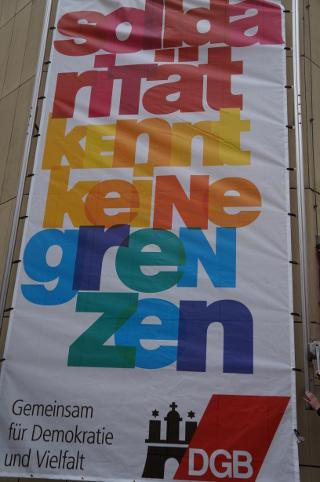 Plakat am Gewerkschaftshaus