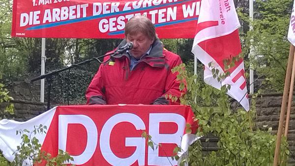 Ernst Heilmann bei seiner Rede in Bergedorf