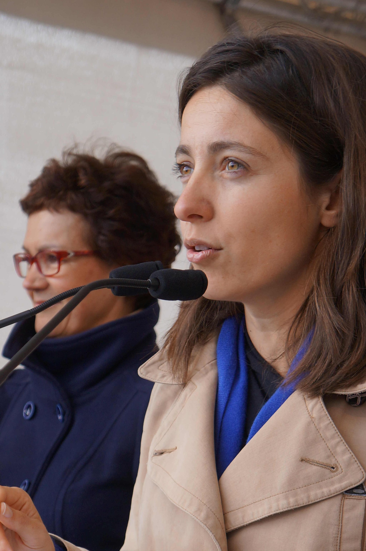Sophie Binet spricht