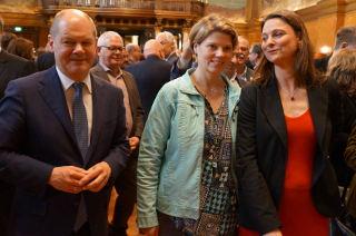 Olaf Scholz, Michaela Dankers, Katja Karger