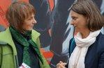 Hildegund Schuster und Katja Karger im Gespräch
