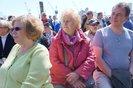 Zuhörerinnen bei der Kundgebung auf dem Fischmarkt